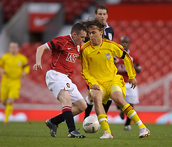 Manchester, England - Thursday, April 26, 2007: Liverpool's Astrit Ajdarevic and Manchester United's Sam Hewson during the FA Youth Cup Final 2nd Leg at Old Trafford. (Pic by David Rawcliffe/Propaganda)