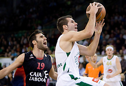 Sani Becirovic (7) of Olimpija (R) vs Fernando San Emeterio of Caja Laboral Baskonia  at Group C of Euroleague basketball match between KK Union Olimpija, Slovenia and Caja Laboral, Spain, on November 5, 2009, in Arena Tivoli, Ljubljana, Slovenia.  (Photo by Vid Ponikvar / Sportida)