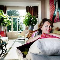 Nederland, Den Haag , 19 september 2009..Marjet van Zuijlen (Bilthoven, 27 januari 1967) is een voormalig Nederlands politicus. Zij was van 1994 tot 2000 namens de Partij van de Arbeid lid van de Tweede Kamer. Na haar overstap naar het bedrijfsleven bleef zij actief in de partij..Foto:Jean-Pierre Jans