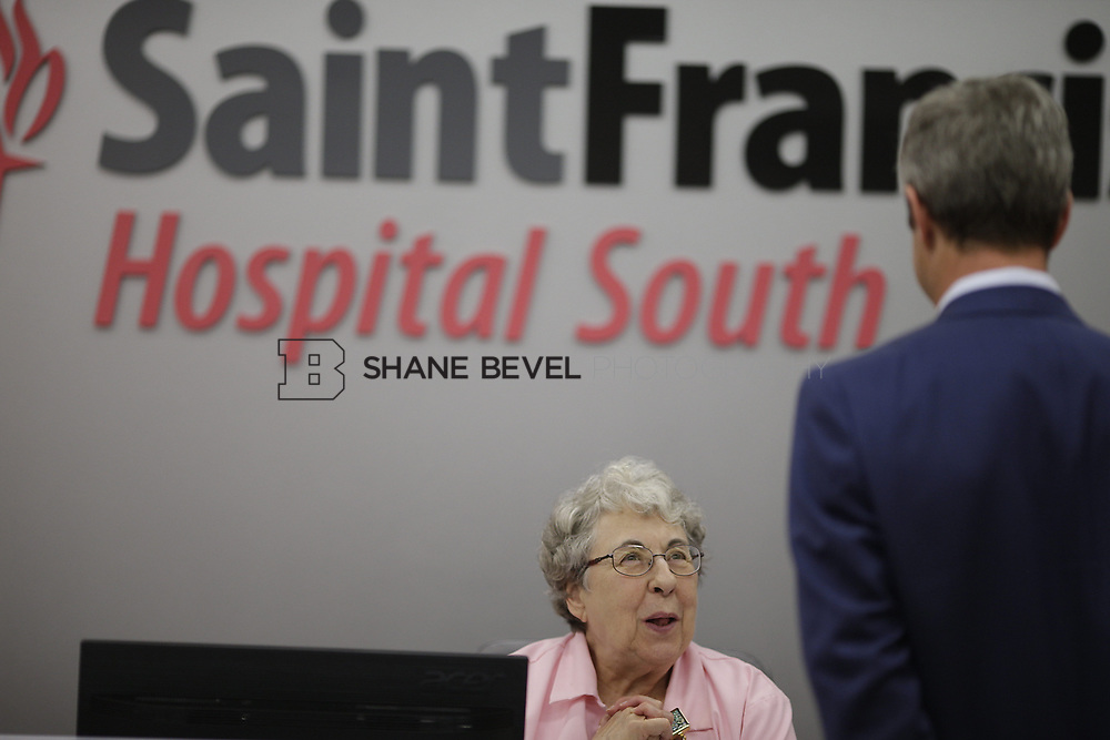 8/9/17 1:47:57 PM -- Photos of Saint Francis South employees and David Weil. <br /> <br /> Photo by Shane Bevel
