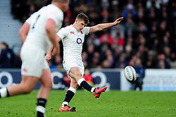 George Ford of England kicks for the posts - Mandatory byline: Patrick Khachfe/JMP - 07966 386802 - 27/02/2016 - RUGBY UNION - Twickenham Stadium - London, England - England v Ireland - RBS Six Nations.