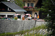 Austria, Upper Austria, Gosau, Lake Gosau in the Dachstein Mountains tourist at the on site restaurant