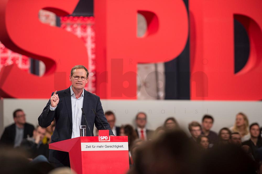 19 MAR 2017, BERLIN/GERMANY:<br /> Michael Mueller, SPD , Reg. Buergermeister Berlin, haelt eine Rede, a.o. Bundesparteitag, Arena Berlin<br /> IMAGE: 20170319-01-005<br /> KEYWORDS: party congress, social democratic party, speech, Michael Müller