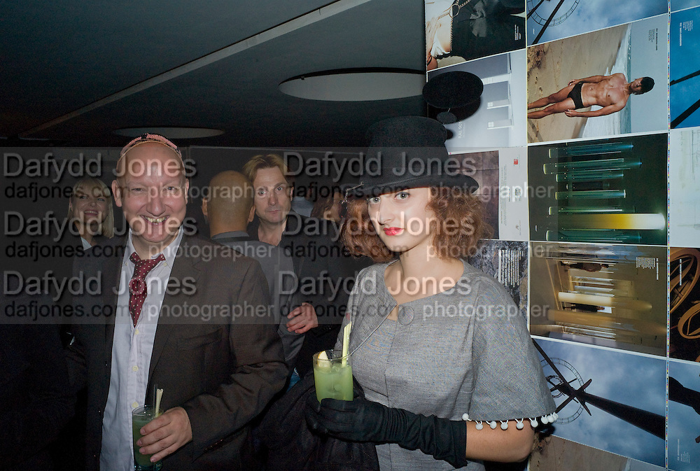 STEPHEN JONES; ADELLE MILDRED,, Wallpaper magazine celebrates the second guest editors issue. Pre-launch of  Paramount at Centrepoint.London 16 September 2008. *** Local Caption *** -DO NOT ARCHIVE-© Copyright Photograph by Dafydd Jones. 248 Clapham Rd. London SW9 0PZ. Tel 0207 820 0771. www.dafjones.com.
