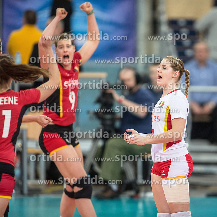 04.01.2014, Atlas Arena, Lotz, POL, FIVB, Damen WM Qualifikation, Belgien vs Schweiz, im Bild FREYA AELBRECHT, VALERIE COURTOIS // FREYA AELBRECHT, VALERIE COURTOIS during the ladies FIVB World Championship qualifying match between Belgium and Switzerland at the Atlas Arena in Lotz, Poland on 2014/01/05. EXPA Pictures &copy; 2014, PhotoCredit: EXPA/ Newspix/ Radoslaw Jozwiak<br /> <br /> *****ATTENTION - for AUT, SLO, CRO, SRB, BIH, MAZ, TUR, SUI, SWE only*****