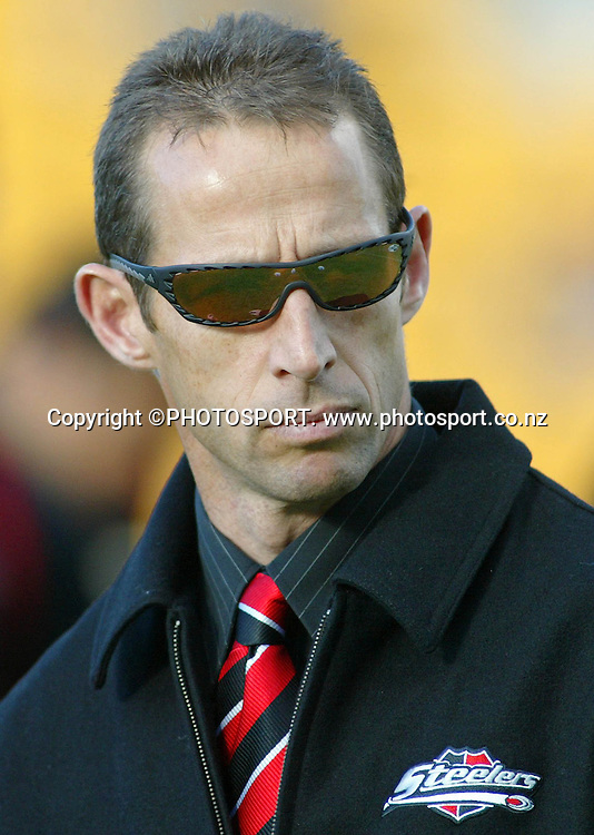 Counties coach Kevin Putt prior to the start of the round one Air NZ Cup rugby union match between Counties Manukau and Otago at Mt Smart Stadium, Auckland, on Saturday 29 July 2006. Photo: Renee McKay/PHOTOSPORT<br />