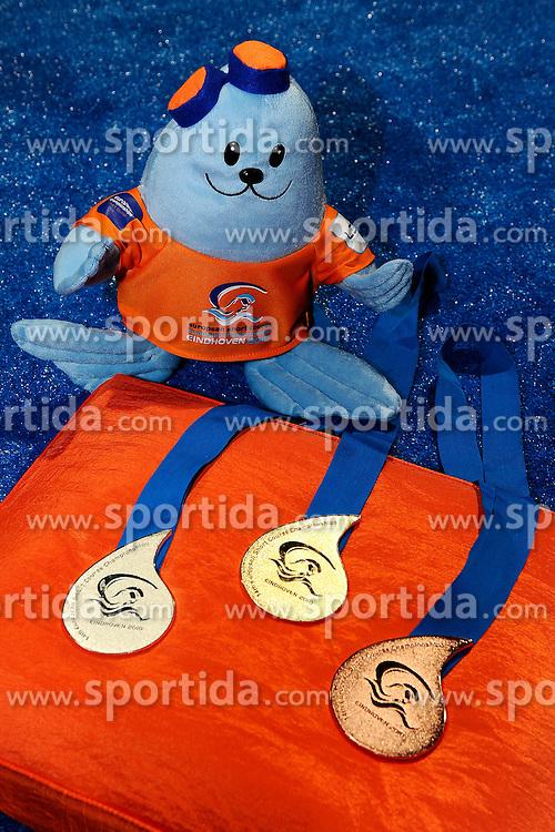 25.11.2010, Pieter van den Hoogenband Zwemstadion, Eindhoven, NED, Kurzbahn Schwimm EM, im Bild Medals. // Eindhoven 25/11/2010 .European Short Course Swimming Championships, EXPA/ InsideFoto/ Staccioli+++++ ATTENTION - FOR USE IN AUSTRIA/AUT AND SLOVENIA/SLO ONLY +++++ / SPORTIDA PHOTO AGENCY