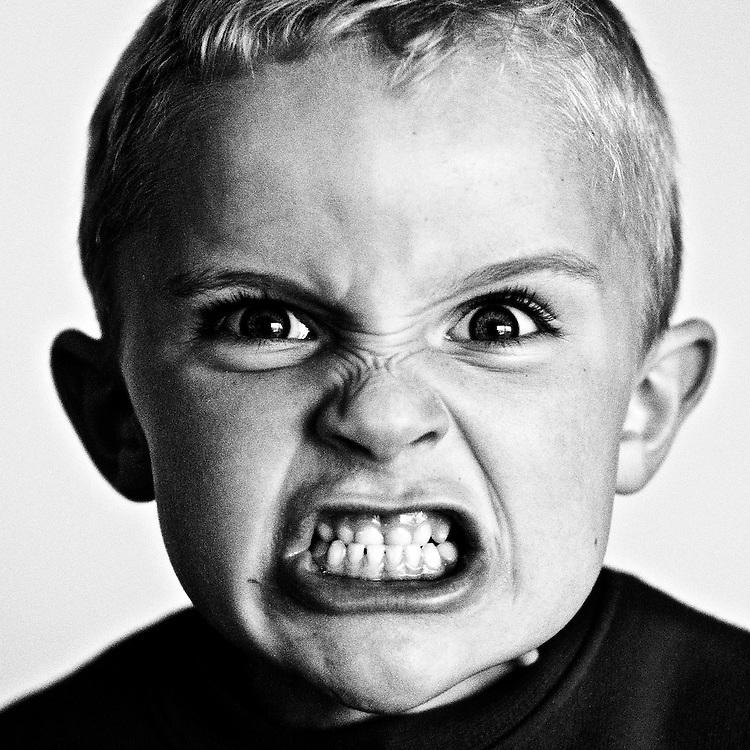 картинки злых эмоций жидкую массу