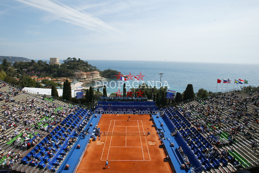 MONTE-CARLO, MONACO - Monday, April 14, 2003: Centre Court during day one of the Tennis Masters Monte-Carlo. (Pic by David Rawcliffe/Propaganda)
