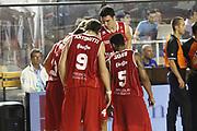 DESCRIZIONE : Roma Lega A 2012-13 Virtus Roma Trenkwalder Reggio Emilia<br /> GIOCATORE :  team <br /> CATEGORIA : curiosita fair play<br /> SQUADRA : Trenkwalder Reggio Emilia<br /> EVENTO : Campionato Lega A 2012-2013 <br /> GARA : Virtus Roma Trenkwalder Reggio Emilia<br /> DATA : 14/10/2012<br /> SPORT : Pallacanestro <br /> AUTORE : Agenzia Ciamillo-Castoria/M.Simoni<br /> Galleria : Lega Basket A 2012-2013  <br /> Fotonotizia : Roma Lega A 2012-13 Virtus Roma Trenkwalder Reggio Emilia<br /> Predefinita :