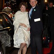 NLD/Amsterdam/20080201 - Verjaardagsfeest Koninging Beatrix en prinses Margriet, vertrek prinses Margriet en partner Mr. Pieter van Vollenhoven