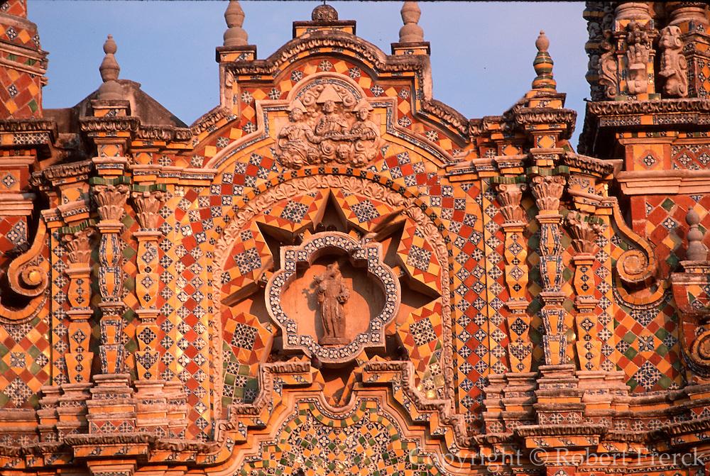 MEXICO, COLONIAL, PUEBLA San Francisco Acatepec tiled facade