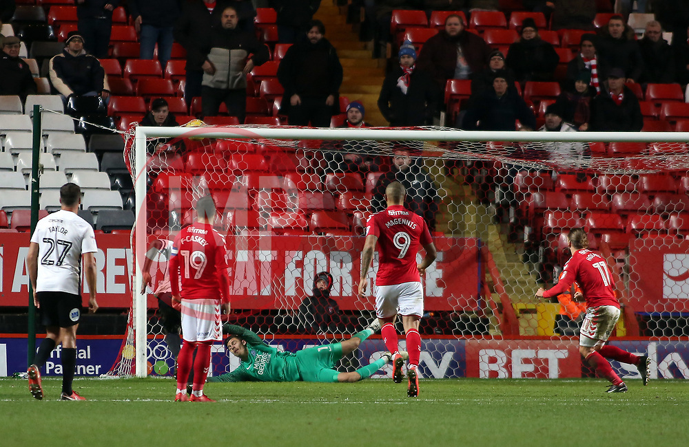 Ricky Holmes of Charlton Athletic scores from the penalty spot to make it 1-2 - Mandatory by-line: Joe Dent/JMP - 28/11/2017 - FOOTBALL - The Valley - Charlton, London, England - Charlton Athletic v Peterborough United - Sky Bet League One