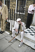 JAY LANDESMAN, The Spectator At Home. Doughty St. 6 July 2006. ONE TIME USE ONLY - DO NOT ARCHIVE  © Copyright Photograph by Dafydd Jones 66 Stockwell Park Rd. London SW9 0DA Tel 020 7733 0108 www.dafjones.com