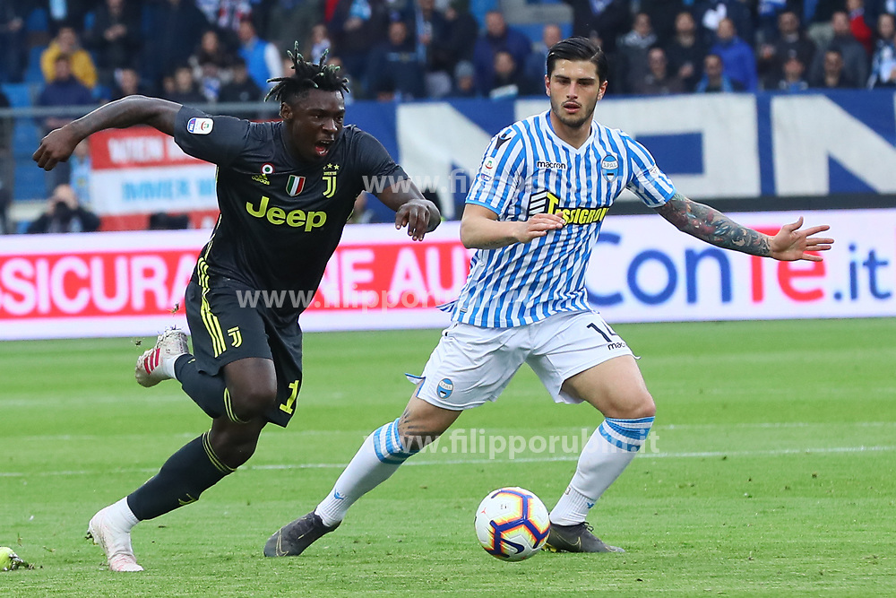 "Foto LaPresse/Filippo Rubin<br /> 13/04/2019 Ferrara (Italia)<br /> Sport Calcio<br /> Spal - Juventus - Campionato di calcio Serie A 2018/2019 - Stadio ""Paolo Mazza""<br /> Nella foto: MOISE KEAN (JUVENTUS) VS KEVIN BONIFAZI (SPAL)<br /> <br /> Photo LaPresse/Filippo Rubin<br /> April 13, 2019 Ferrara (Italy)<br /> Sport Soccer<br /> Spal vs Juventus - Italian Football Championship League A 2018/2019 - ""Paolo Mazza"" Stadium <br /> In the pic: MOISE KEAN (JUVENTUS) VS KEVIN BONIFAZI (SPAL)"