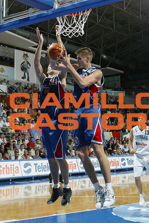 DESCRIZIONE : Vrsac Eurobasket Men 2005 Italia-Russia<br /> GIOCATORE : Kirilenko Monya<br /> SQUADRA : Russia<br /> EVENTO : Eurobasket Men 2005 Campionati Europei Uomini 2005<br /> GARA : Italia Russia Italy Russia<br /> DATA : 17/09/2005<br /> CATEGORIA :<br /> SPORT : Pallacanestro<br /> AUTORE : Ciamillo&amp;Castoria/Fiba Europe Pool