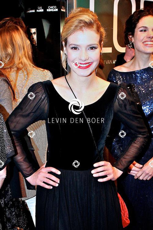AMSTERDAM - Sallie Harmsen op de premiere van de film Loft dinsdag in Amsterdam. De film is vanaf 16 december in de Nederlandse bioscopen te zien. FOTO LEVIN DEN BOER - PERSFOTO.NU