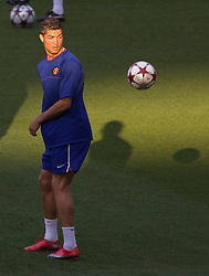 ROME, ITALY - Tuesday, May 26, 2009: Manchester United's Christiano Ronaldo training at Stadio Olimpico ahead of the UEFA Champions League Final against Barcelona. (Pic by Carlo Baroncini/Propaganda)