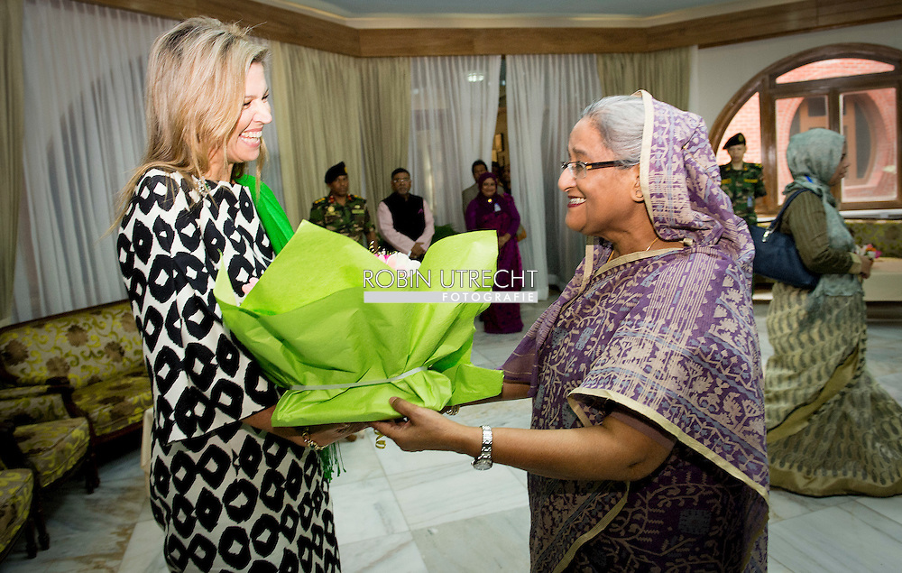 18-11-2015 DHAKA Queen Máxima meets Prime minister of Bangladesh Skeikh Hasina in the Gonobhaban Palace. Queen Máxima visits at the invitation of Bangladesh and as a special advocate of the Secretary-General of the United Nations for inclusive finance for development. COPYRIGHT ROBIN UTRECHT