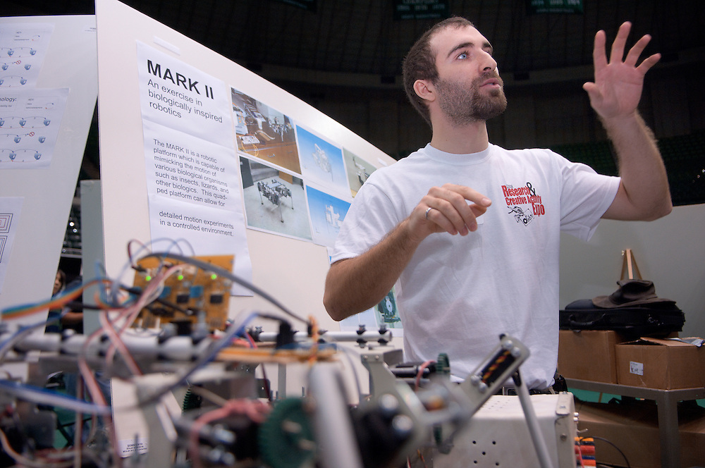 18890Student Research and Creative Activity Expo..Justin Mamrak, Mark II robot