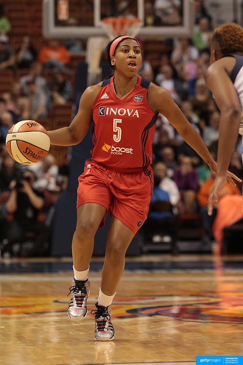 Nadirah McKenith, Washington Mystics, in action during the Connecticut Sun V Washington Mystics WNBA regular season game at Mohegan Sun Arena, Uncasville, Connecticut, USA. 7th June 2013. Photo Tim Clayton