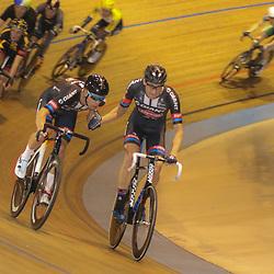 29-12-2015: Wielrennen: NK Baan: Alkmaar       <br />ALKMAAR (NED) baanwielrennen  <br />Op de wielerbaan van Alkmaar streden de wielrenners om de nationale baantitels<br />Madison Wim Stroetinga en Ramon Sinkeldam