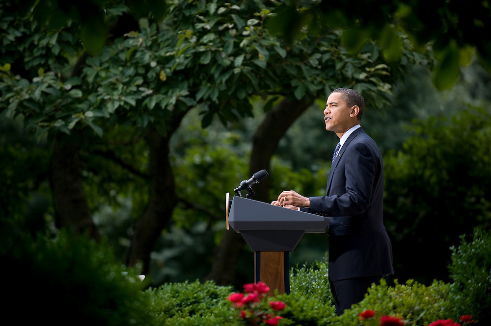 US President Barack Obama speaks in the rose garden to speak on health care reform at the White House in Washington DC, USA on 21 July 2009. Mr. Obama and top Democrats are seeking to overhaul the nation's health care system but conservatives are pushing back.