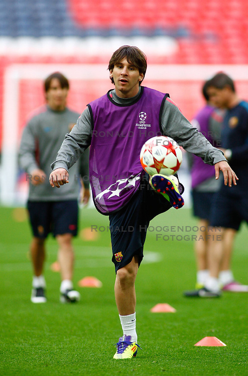 27-05-2011 VOETBAL: CHAMPIONS LEAGUE FINAL FC BARCELONA - MANCHESTER UNITED: LONDON<br />  Lionel Messi during during the official training<br /> ***NETHERLANDS ONLY***<br /> ©2011- FotoHoogendoorn.nl/nph/Mitchell Gunn