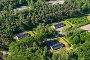 Nederland, Utrecht, Soesterberg, 29-05-2019; militaire gebouwen, barakken en loodsen Zon en Schild, Kamp Soesterberg. <br /> Military buildings, barracks.<br /> <br /> luchtfoto (toeslag op standard tarieven);<br /> aerial photo (additional fee required);<br /> copyright foto/photo Siebe Swart