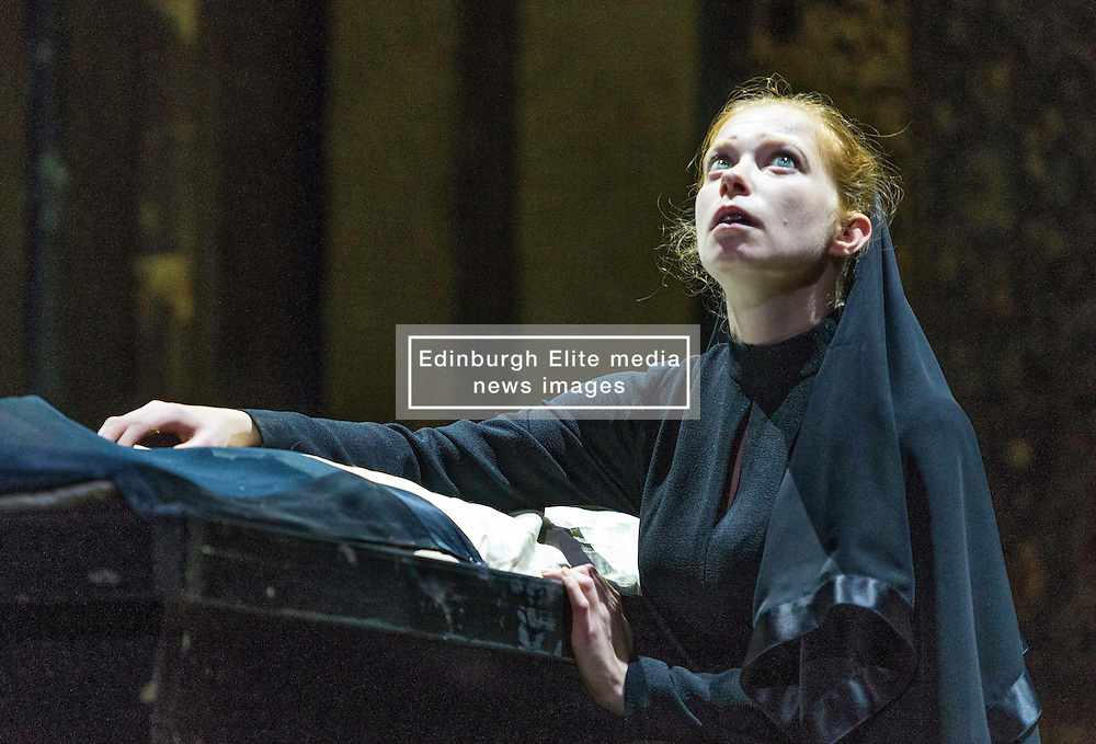 Iinfluential theatre maker Thomas Ostermeier returns to the Edinburgh International Festival with a raw, gritty reimagining of Shakespeare's unflinching study of evil, in a compelling and critically acclaimed production from Berlin's Schaubühne Theatre.<br /> <br /> Richard III is played by Lars Eidinger and Lady Anne by Jenny Konig