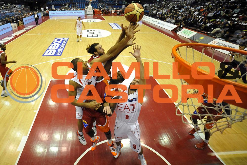 DESCRIZIONE : Milano Lega A 2012-13 EA7 Emporio Armani Milano Acea Roma<br /> GIOCATORE : Bobby Jones Luigi Datome <br /> CATEGORIA : special rimbalzo<br /> SQUADRA : Acea Roma<br /> EVENTO : Campionato Lega A 2012-2013 <br /> GARA : EA7 Emporio Armani Milano Acea Roma<br /> DATA : 22/10/2012<br /> SPORT : Pallacanestro <br /> AUTORE : Agenzia Ciamillo-Castoria/GiulioCiamillo<br /> Galleria : Lega Basket A 2012-2013  <br /> Fotonotizia :  Milano Lega A 2012-13 EA7 Emporio Armani Milano Acea Roma<br /> Predefinita :
