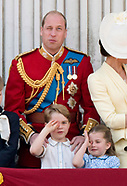 Royal Father & Kids - One-Eye View!