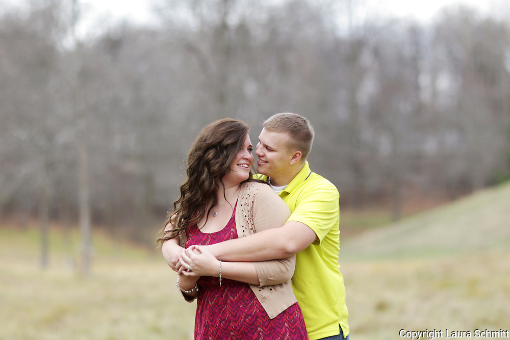 Rachel + Chris :: Green Bay, Wisconsin Engagement Session