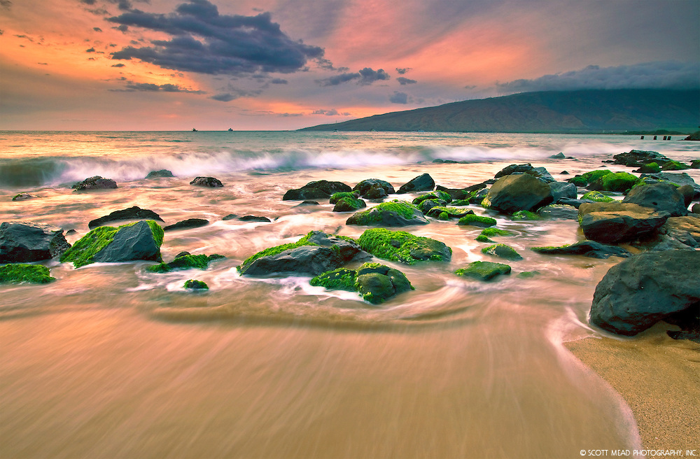 Crashing waves at sunset, Sugar Beach, Kihei, Maui, CLB16PC