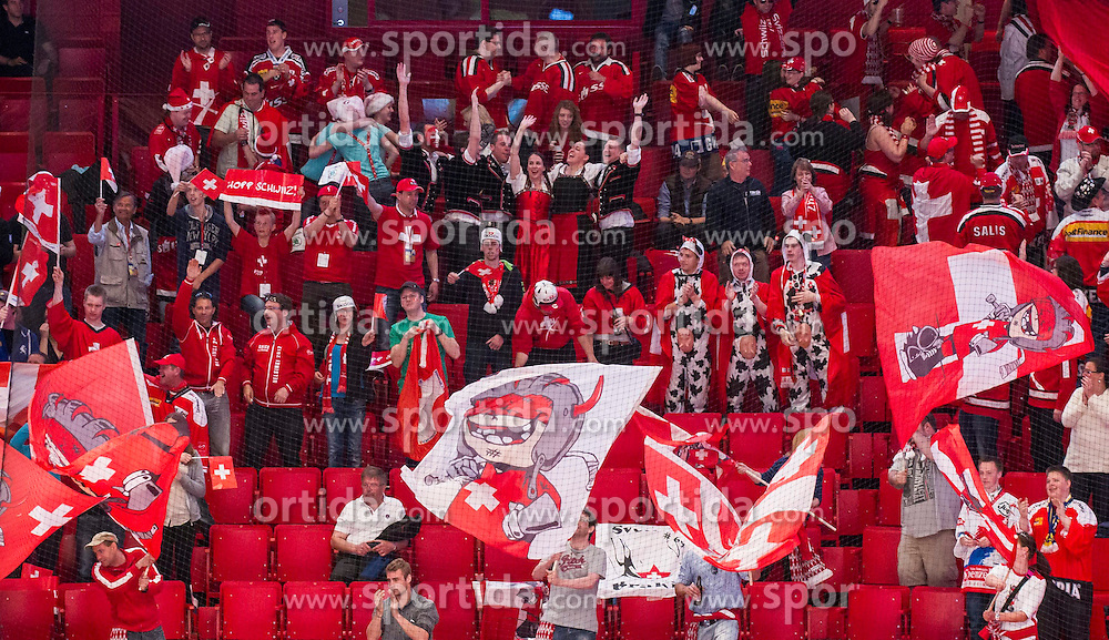 08.05.2013, Globe Arena, Stockholm, SWE, IIHF, Eishockey WM, Slowenien vs Schweiz, im Bild Switzerland Schweiz, fans fan supporter supportrar klack publik crowd, jubel glädje lycka glad happy // during the IIHF Icehockey World Championship Game between Slovenia and Switzerland at the Ericsson Globe, Stockholm, Sweden on 2013/05/08. EXPA Pictures © 2013, PhotoCredit: EXPA/ PicAgency Skycam/ Johan Andersson..***** ATTENTION - OUT OF SWE *****