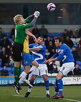 Photo: Steve Bond/Sportsbeat Images.<br /> Macclesfield Town v Hereford United. Coca Cola League 2. 26/12/2007. Keeper Jonathon Brain gets a punch in above attacker Dean Beckwith