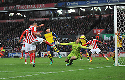 Stoke's Jonathan Walters scores Stoke's third goal - Photo mandatory by-line: Dougie Allward/JMP - Mobile: 07966 386802 - 06/12/2014 - SPORT - Football - Stoke - Britannia Stadium - Stoke City v Arsenal - Barclays Premie League
