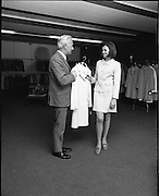 25/06/1969.06/25/1969.25 June 1969.Miss Ireland Patricia Byrne, presented with new outfit at Doreen Ltd.(Leslie Vard).