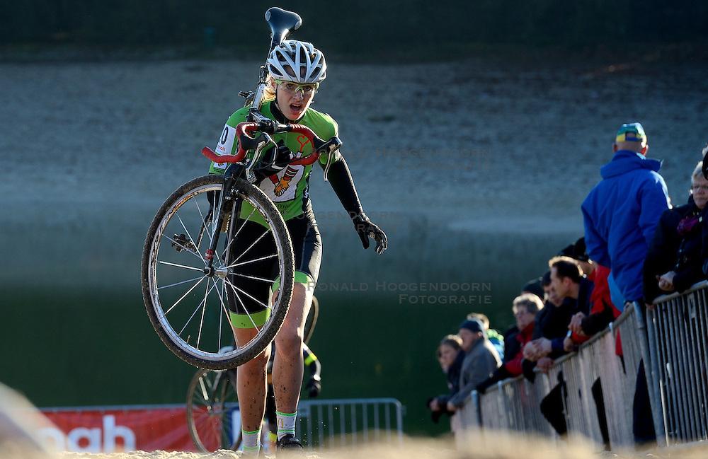 12-01-2014 WIELRENNEN: STANNAH NK CYCLOCROSS VROUWEN: GIETEN<br /> Danielle Meijering<br /> ©2014-FotoHoogendoorn.nl