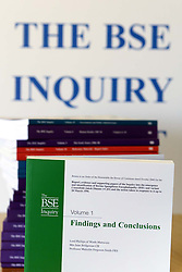 The BSE Inquiry Report, August 26, 2000. Photo by Andrew Parsons/i-Images..