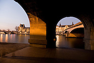 PR119 Caroussel bridge and the Louvre, Paris