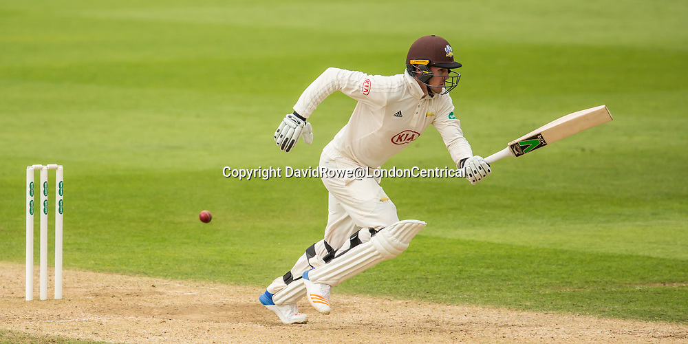 London,UK. 29 August 2017. Jason Roy sets off for a quick single batting for Surrey against Middlesex at the Oval on day two of the Specsaver County Championship match at the Oval. David Rowe/ Alamy Live News