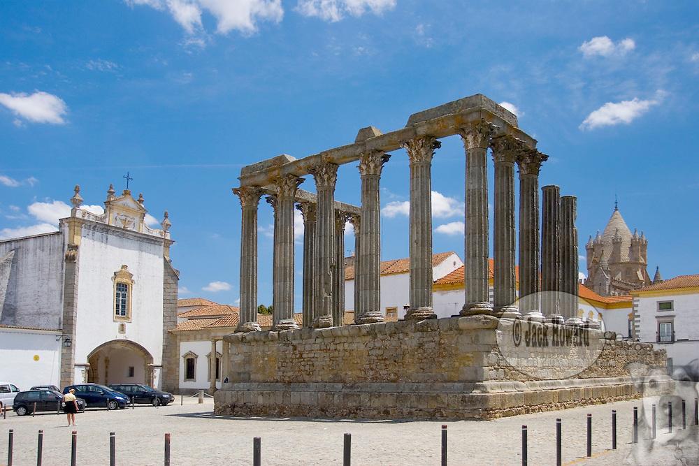 06/09/05 - Evora, Alentejo, Portugal - TRAVEL - FEATURE - EUROPE - PORTUGAL - EVORA - ALENTEJO -  2nd or 3rd Century AD/CE Roman Temple of Diana, Evora, Portugal.