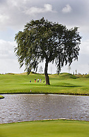 AMSTERDAM -Schiphol - Hole 3 van The International golfbaan van BurgGolf, COPYRIGHT KOEN SUYK