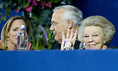 Prinses Beatrix en Prinses Margarita op Jumping Amsterdam