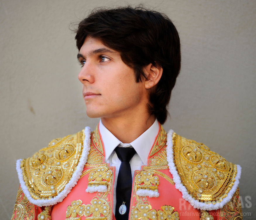 French bullfighter Sebastian Castella poses at the Pamplona bull-ring prior to fight two Fuente Ymbro fighting bulls, on July 9, 2008, in the Spanish city of Pamplona, during the thirth corrida of the San Fermin festivities.