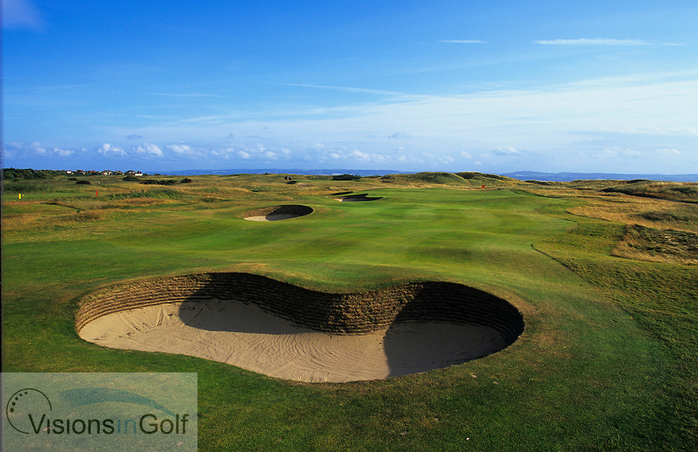 3rd hole Royal Liverpool, Hoylake after remodeling for the Open Championship 2006 / PHOTO Visions In Golf/Eric Hepworth