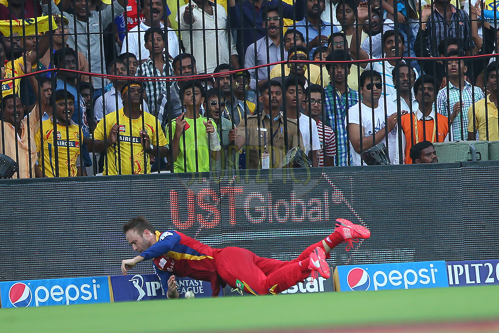 AB De Villiers of the Royal Challengers Bangalore fails to save the boundary during match 37 of the Pepsi IPL 2015 (Indian Premier League) between The Chennai Superkings and The Royal Challengers Bangalore held at the M. A. Chidambaram Stadium, Chennai Stadium in Chennai, India on the 4th May April 2015.<br /> <br /> Photo by:  Ron Gaunt / SPORTZPICS / IPL