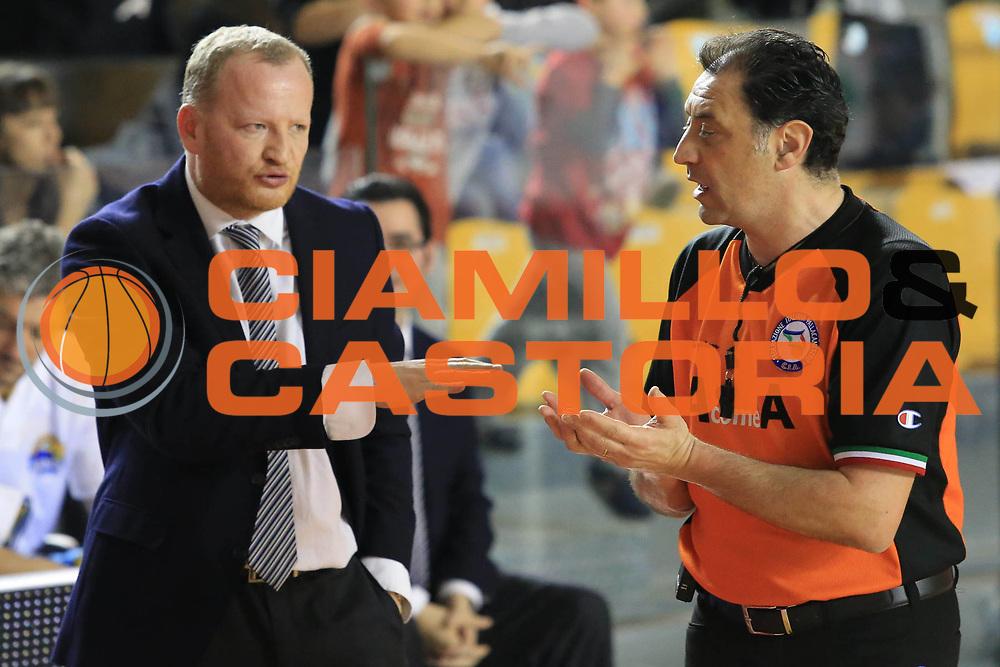 DESCRIZIONE : Roma Lega A 2012-13 Acea Roma Vanoli Cremona<br /> GIOCATORE : Gresta Luigi<br /> CATEGORIA : ritratto mani<br /> SQUADRA : Vanoli Cremona<br /> EVENTO : Campionato Lega A 2012-2013 <br /> GARA :  Acea Roma Vanoli Cremona<br /> DATA : 03/03/2013<br /> SPORT : Pallacanestro <br /> AUTORE : Agenzia Ciamillo-Castoria/M.Simoni<br /> Galleria : Lega Basket A 2012-2013  <br /> Fotonotizia : Roma Lega A 2012-13 Acea Roma Vanoli Cremona<br /> Predefinita :