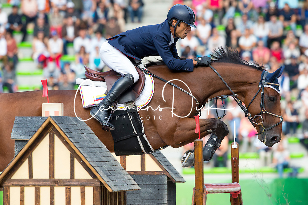 Carlos Lopez, (COL), Prince De La Mare - Team & Individual Competition Jumping Speed - Alltech FEI World Equestrian Games™ 2014 - Normandy, France.<br /> © Hippo Foto Team - Leanjo De Koster<br /> 02-09-14
